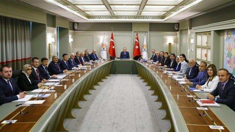 Cumhurbaşkanı Erdoğan AK Parti MYK'yı topladı