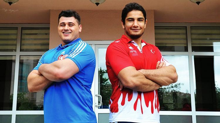 Dünyanın en iyileri Türk güreşçiler