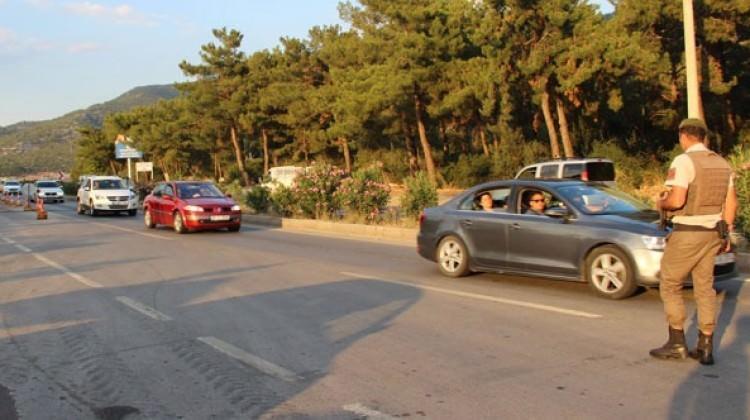 Tatilciler Bodrum'a akın akın gelmeye başladı
