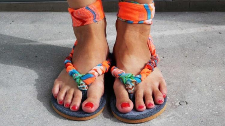 Terlikten sandalet nasıl yapılır?