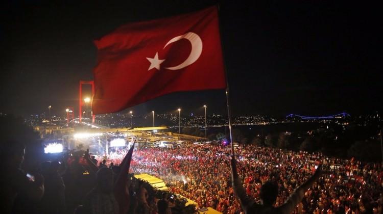 İsviçre'deki Türklere kritik çağrı!