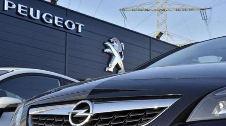 Otomobil dünyasında dev satış tamamlandı!
