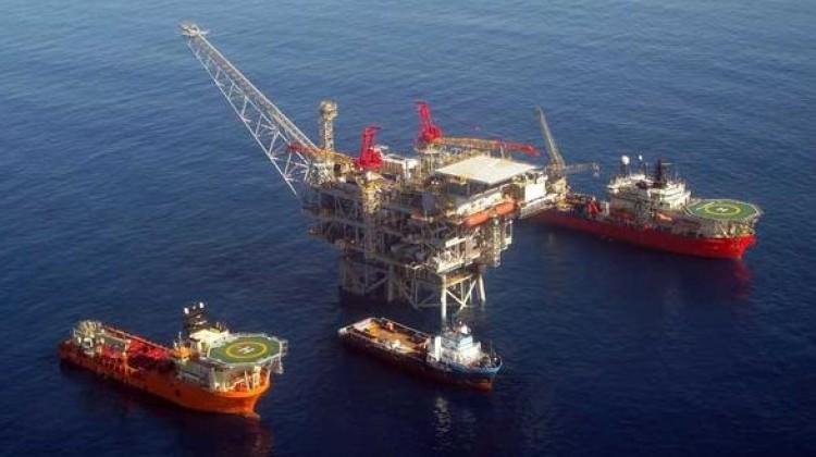Güney Kıbrıs'ta doğalgaz araması başlatıldı