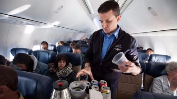 Uçaklarda seyahat edenler bunlara dikkat!