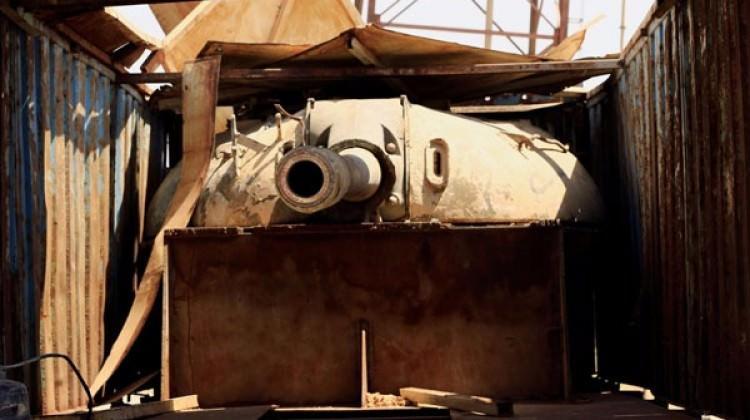 İnanılmaz fotoğraflar! Kamyona gizlenen tank...