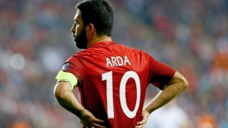 Arda Turan'dan Fatih Terim için imalı mesaj