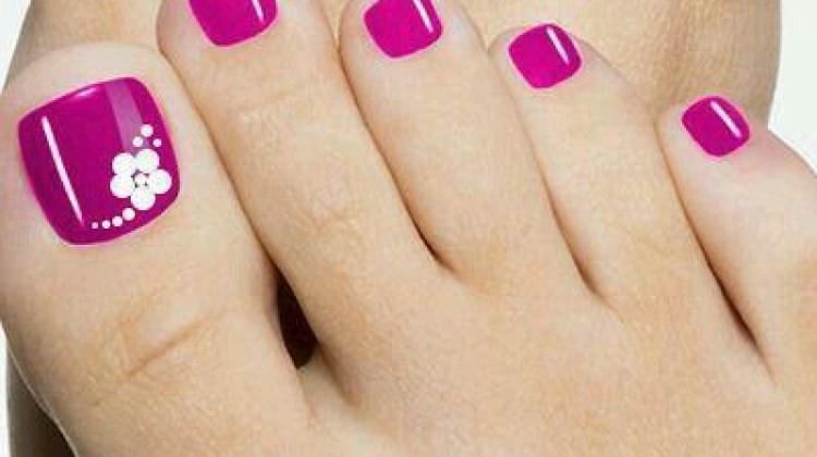 Pedikürde 'nail art' modası