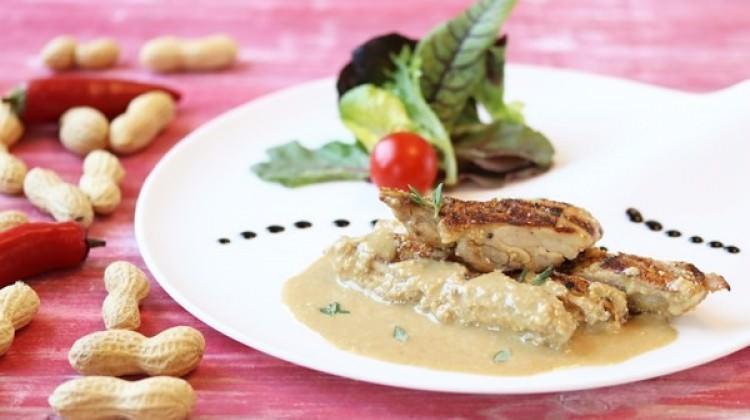 Yer fıstığı soslu tavuk tarifi