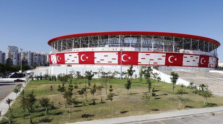 Resmen açıklandı! Stadyumlarda yeni yasak