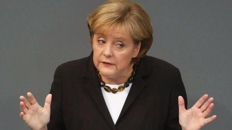 Ne yapsa olmuyor! Almanlar Merkel'i yıkıp geçiyor