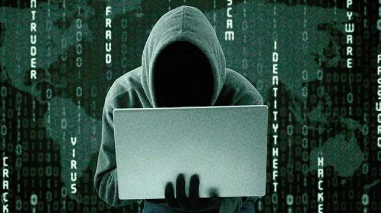 Siber korsanların hedefinde cep var