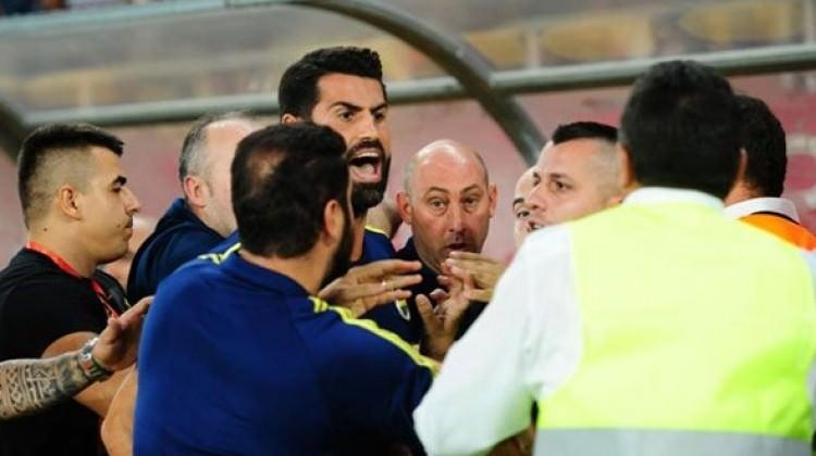 Vardar-Fenerbahçe maçı sonrası ortalık karıştı