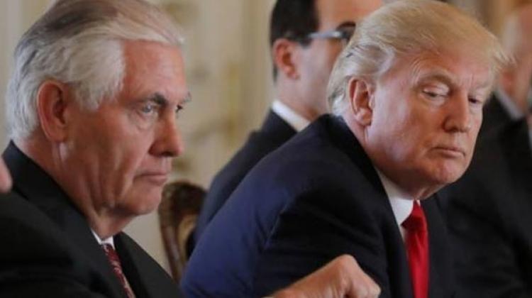 Trampın Tillersonun ile ilgili görsel sonucu