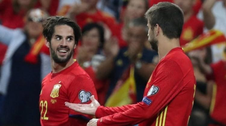 İspanya İtalya'yı ezdi geçti