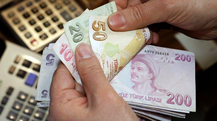 Emeklilere büyük müjde: 355 liraya varan zam gelişmesi!