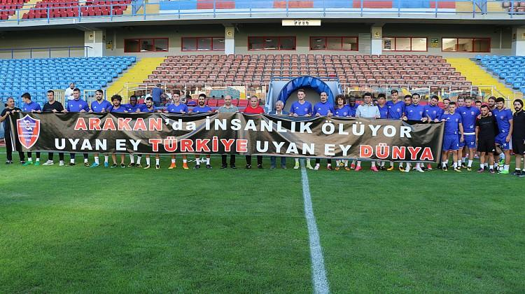 Karabükspor'dan Arakan'a pankartlı destek