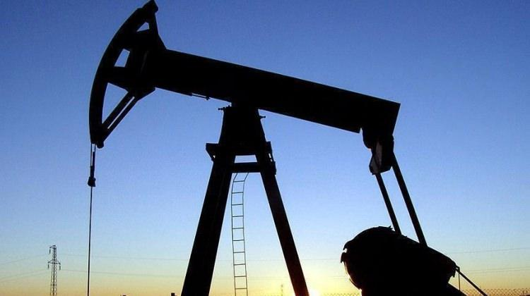 Brent petrol 54 dolar seviyesinde