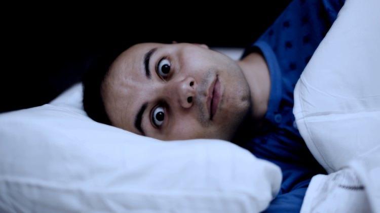 Uykusuzluk (insomnia) nasıl geçer? Uyuyabilmek için..