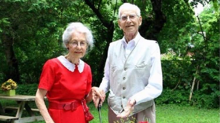 75 yıllık evli çift 5 saat arayla öldü