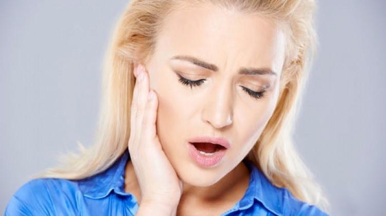 Çene ağrısı neden olur?