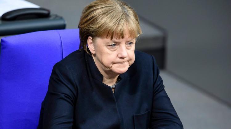 Merkel: Acilen tavizler vermemiz lazım!