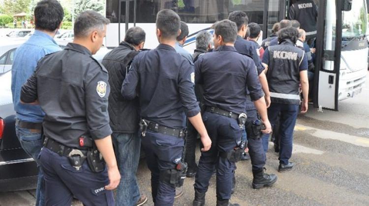 Kocaeli'de FETÖ operasyonunda 10 gözaltı