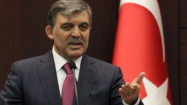 AK Parti: Abdullah Gül partinin kurucusu değil!