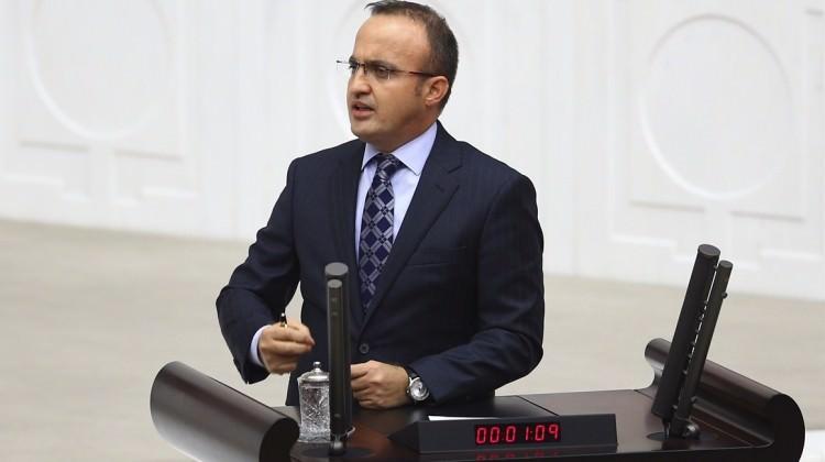 Turan'dan CHP'ye 1 TL'lik tazminat davası