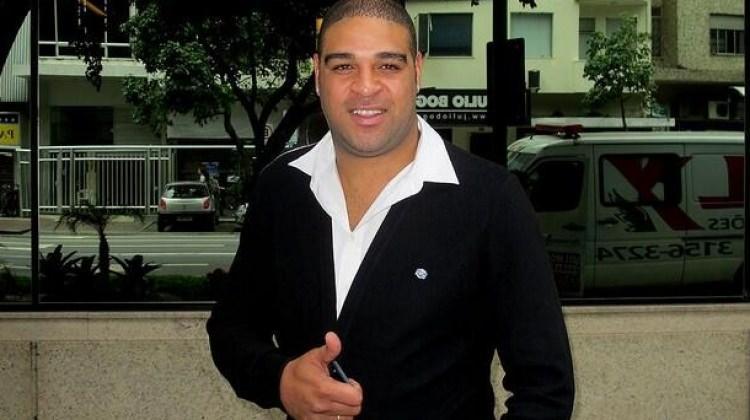 Yok artık Adriano! Geri dönüyor