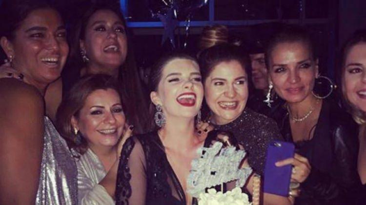 Pelin Karahan'a doğum günü partisi...