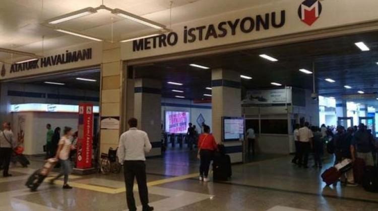 Metro vagonunda dehşet!