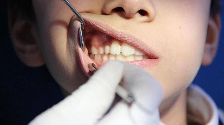 'Erken teşhis diş kurtarır'