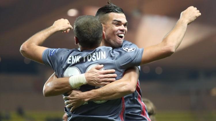 Beşiktaş'ta Babel ve Pepe sıkıntısı