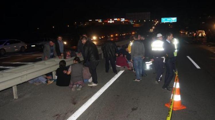 Traktöre çarpan motosikletteki 2 genç öldü