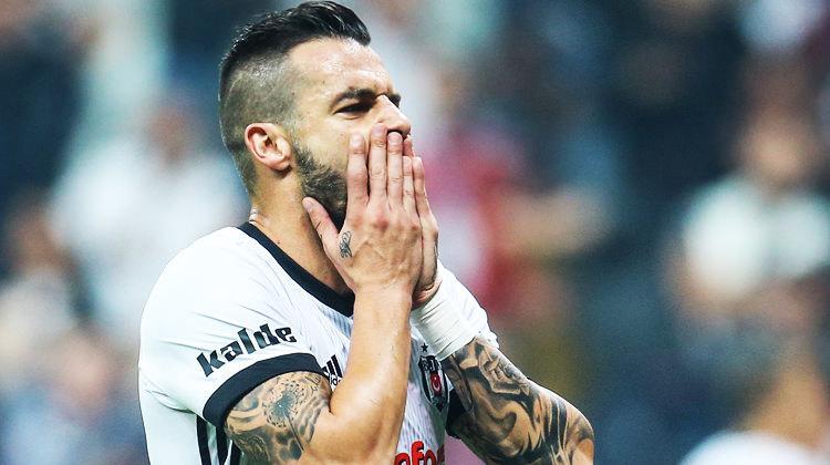 '35 gol atarım' diyen Negredo'ya flaş tepki!