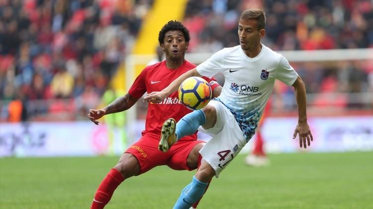 Trabzonspor kalesini Çalımbay ile gole kapadı
