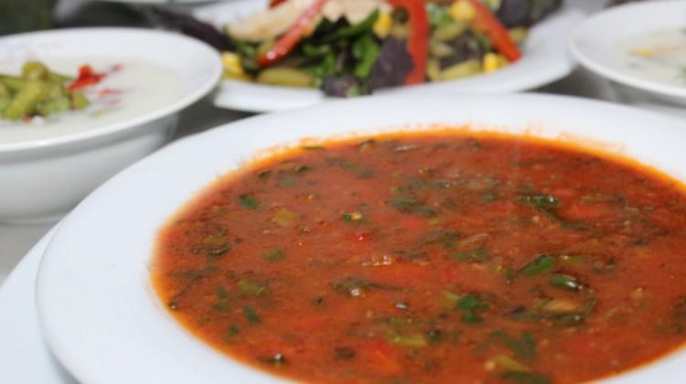 Ispanaklı kıymalı çorba tarifi
