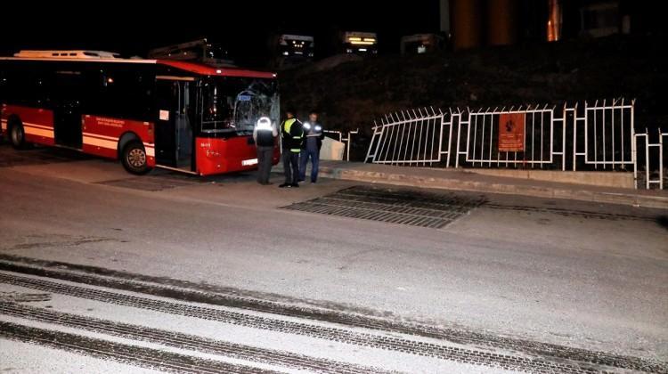 Feci ölüm! iki otobüs de park halindeydi...