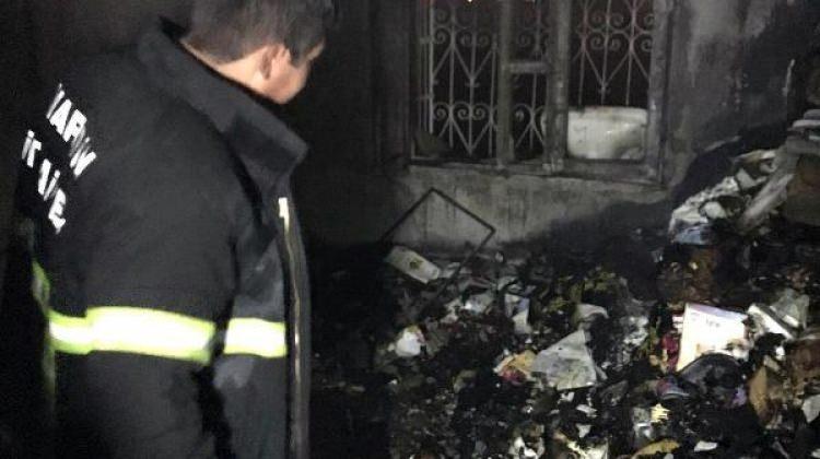 Nusaybin'de çıkan yangında ev harabeye döndü