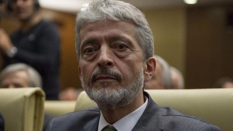 Üst düzey bürokratların istifası kabul edildi