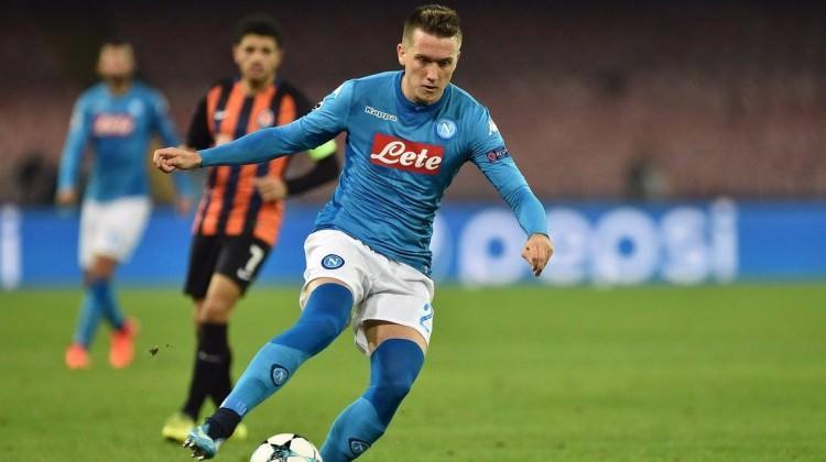 Napoli umutlarını son maça taşıdı!