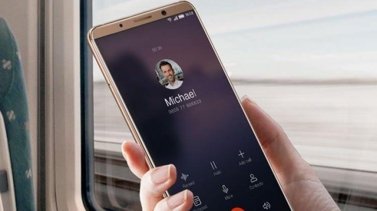 Yapay zekâlı telefon Türkiye'de! İşte fiyatı...