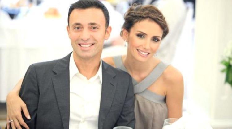 Mustafa- Emina Sandal boşanıyor