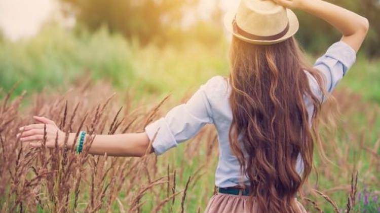 Saçları hızlı uzatan doğal kür tarifi