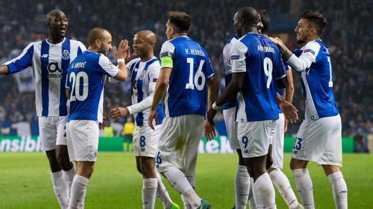 Aboubakar ve Telles şov yaptı Porto turladı