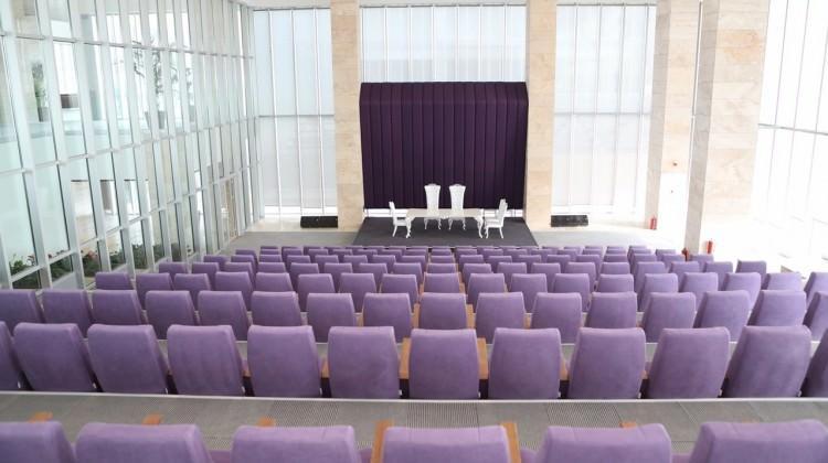 Arnavutköy'ün yeni nikah sarayı hizmete açıldı