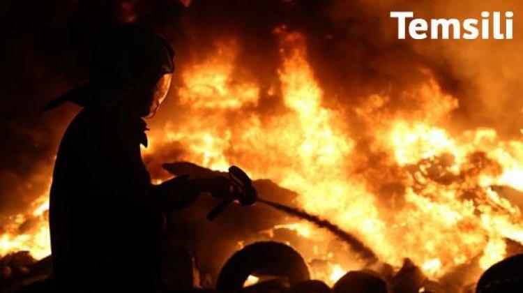 Fatih'te yangın: 2 kişi hastaneye kaldırıldı