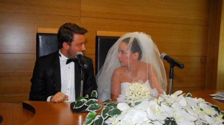 Tolga Güleç ve Yeliz Şar boşandı!