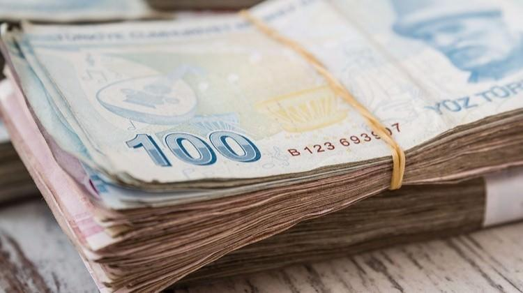 Vergi mükellefi sayısı 400 bin arttı