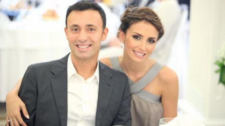 Резултат с изображение за mustafa sandal ve eşi